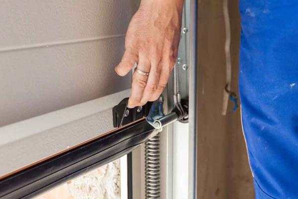 Garage door repairs- London