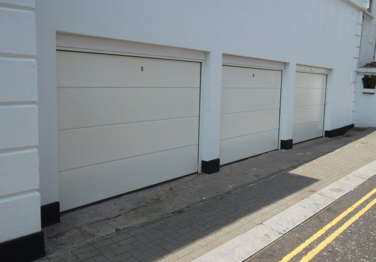 Sectional Garage Doors In London Quality Sectional
